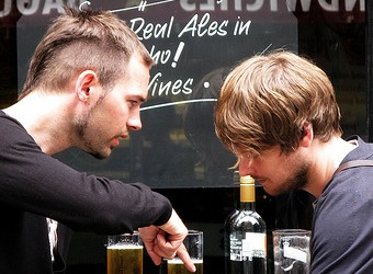 "British Beer-Drinkers Learn to ""Buy Local"""